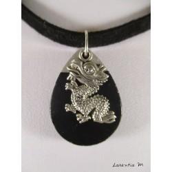 Collier goutte d'eau béton noire, pendentif cœur ancien argent, ruban noir