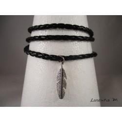 Bracelet homme cuir noir, plume argentée, 3 tours