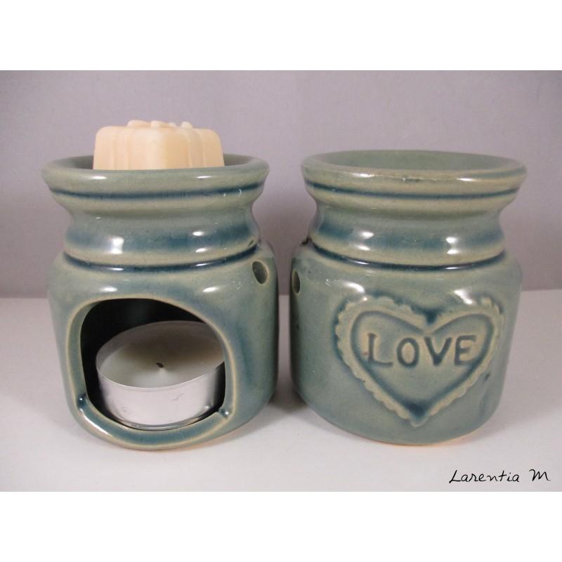 Perfume burner in ceramic, green, Love