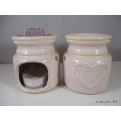 Perfume burner in ceramic, white, Love