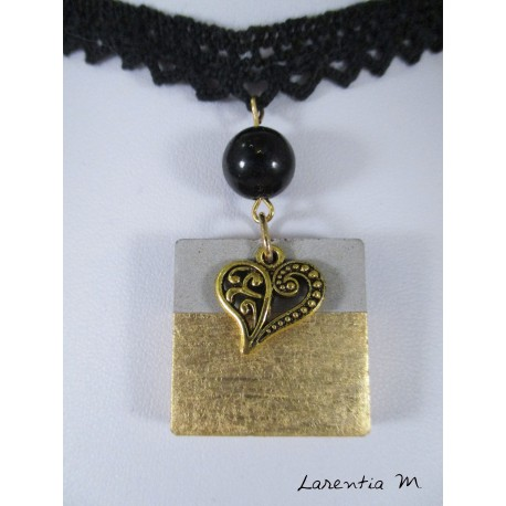 Lace necklace, square gilded concrete, gold heart and black pearl