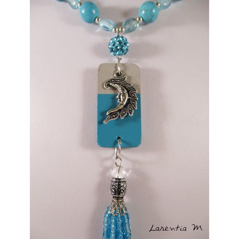 Colliers perles verre et cristal turquoise, rocaille argent, pendentif béton rectangle, lune argentée, pompon perles turquoise