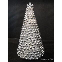 Sapin Polystyrène recouvert de perles argentées et flocon métal