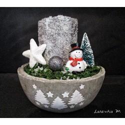 Bol béton fait main, décoré pochoir sapins, bougie recouverte sel d'epsom et paillettes argent, mousse et décos Noël