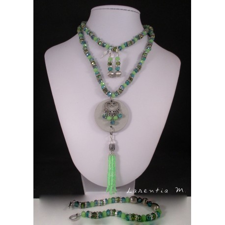 Fineries jewels Long necklace concrete, bracelet and earrings green pearls and rhinestones