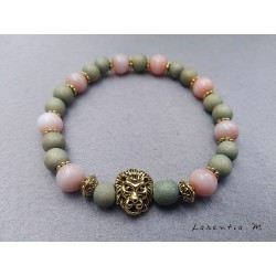 Bracelet perles bois vert et perles roses avec tête lion dorée