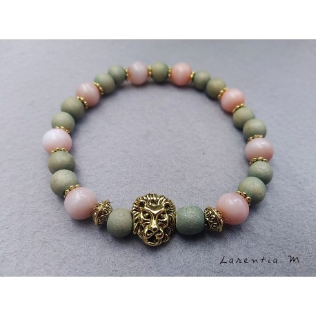 Green wood beads bracelet and pink pearls with golden lion head