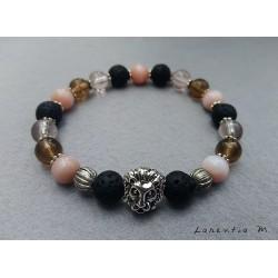 Bracelet perles de lave noire, perles roses et tête lion argentée