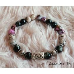Bracelet perles de verre 8mm noires, violettes et grises, perles métal argentées, élastique