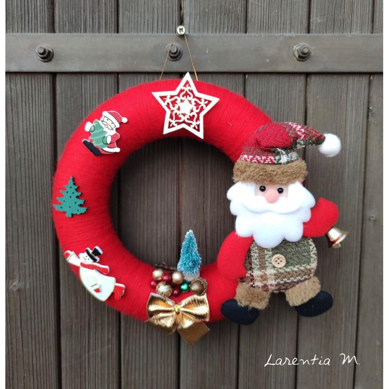 Couronne de Noël laine rouge, 22 cm avec père noel, étoile feutrine, petit sapin