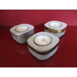 3 candlesticks concrete