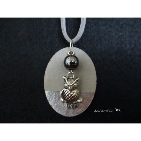 "Necklace, pendant ""Owl"" with black hematite bead on concrete pad decorated silver"